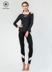 【Y802】時尚不對稱漏肩顯現性感鎖骨收束袖