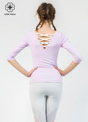 【Y787】交叉带美背中袖上衣浅紫色