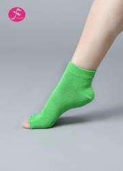 一梵瑜伽新款半趾硅胶防滑袜     绿色