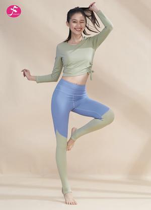 【J1219】松緊拉繩上衣拼接褲子 淺綠+灰藍