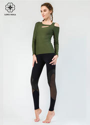 【Y842】时尚不对称漏肩显现性感锁骨收束袖