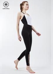Y727新品时尚白黑连体服